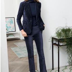 Theory navy velvet suit.  Size 00